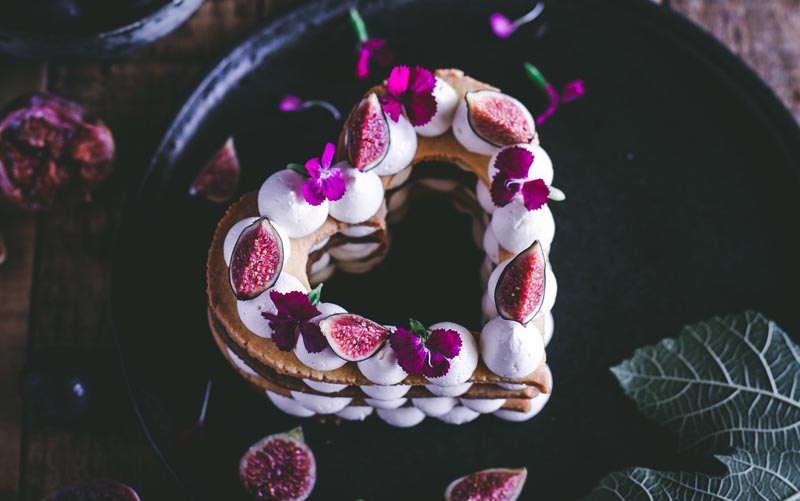 Sparkling Wine Buttercream Tart with Figs