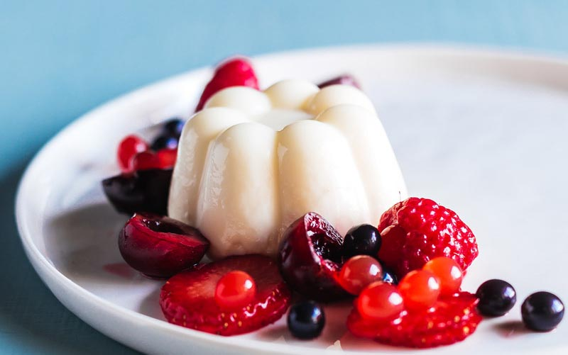 Vanilla Panna Cotta with Berries
