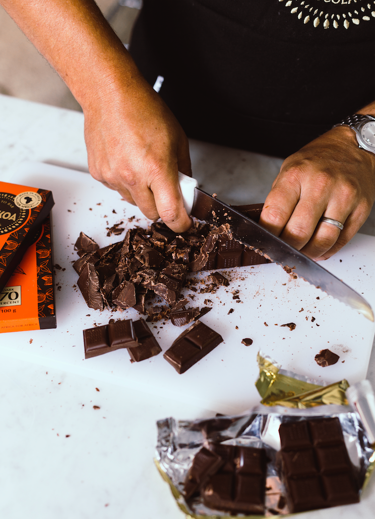How To Temper Chocolate with AFRIKOA Chocolate
