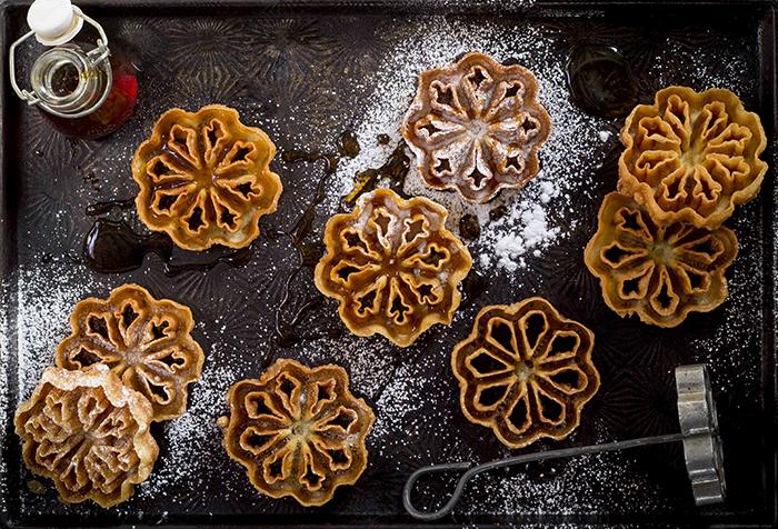 Swedish Waffle Rosettes The Kate Tin